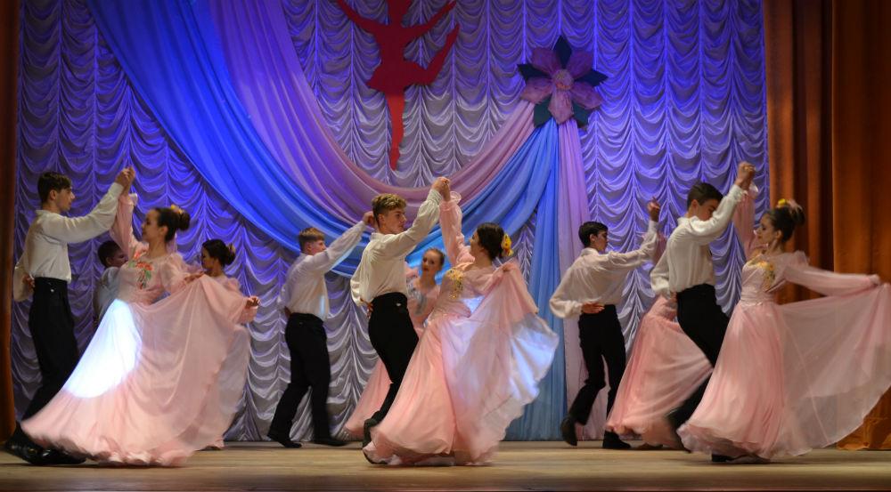 В поселке Ахтырском прошел праздник танца