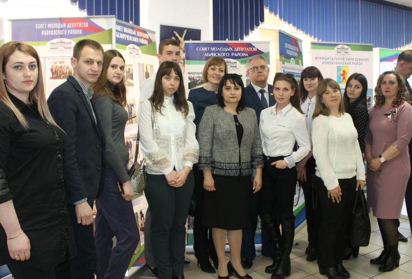 Как молодые депутаты Абинского района участвуют в общественной жизни городских и сельских поселений