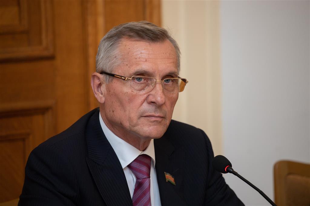 Депутат Государственной Думы прошла в колонне «Бессмертного полка» по улицам краевой столицы