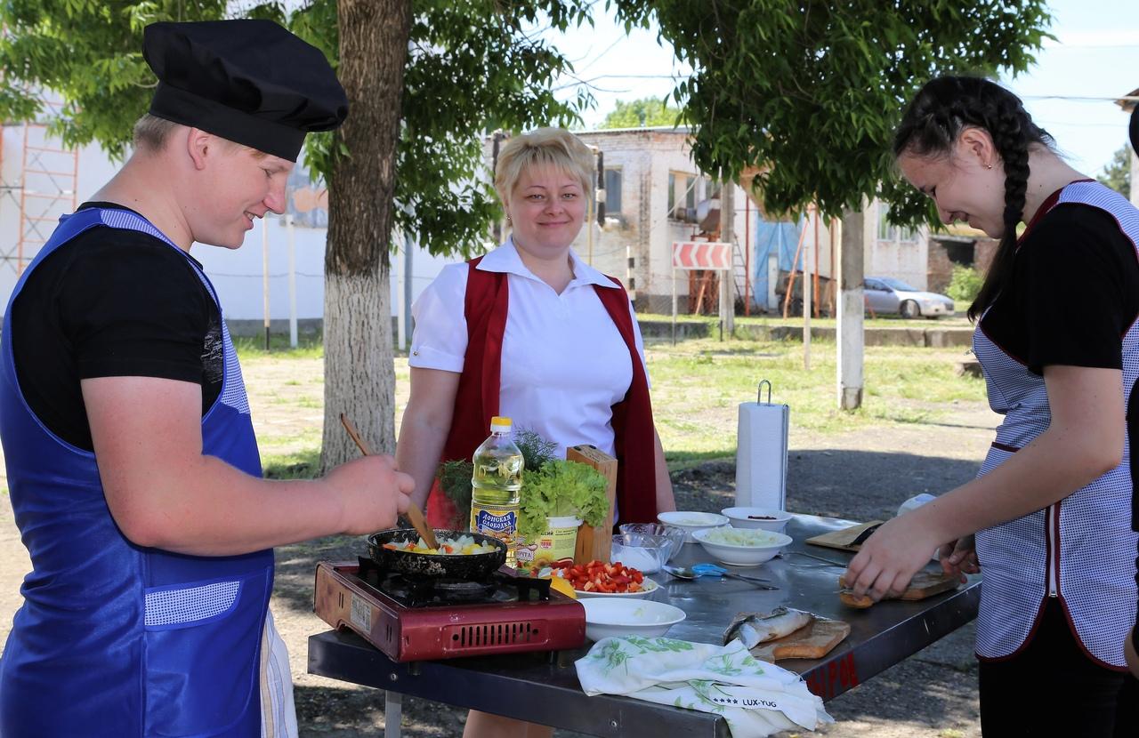 День молодого специалиста прошел в техникуме поселка Ахтырского