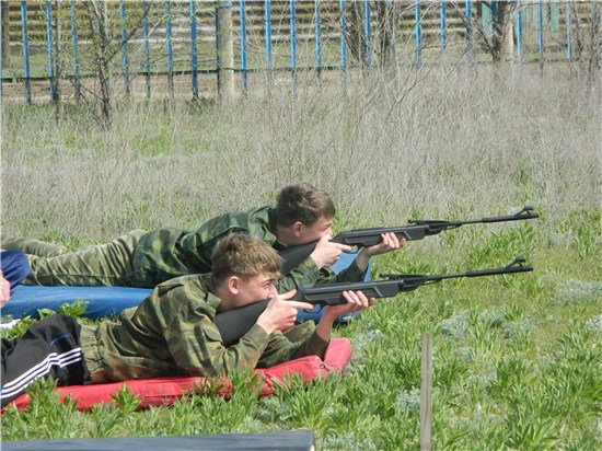 У десятиклассников Абинского района начались военно-полевые сборы