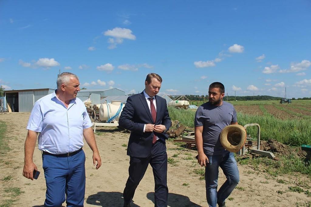 Глава Абинского района побывал на нескольких предприятиях Холмского сельского поселения