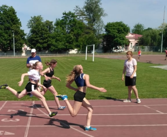 В Абинске прошло открытое личное первенство Абинского района по легкой атлетике