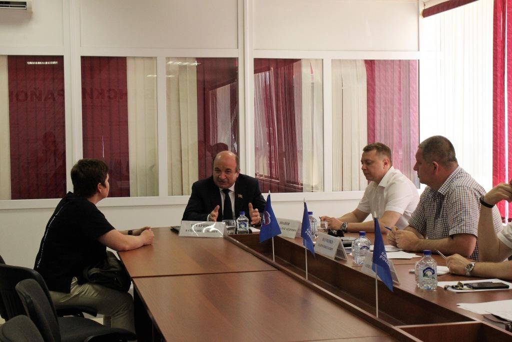 Руководитель региональной приемной председателя партии «Единая Россия» депутат ЗСК провел выездной прием граждан в Абинске