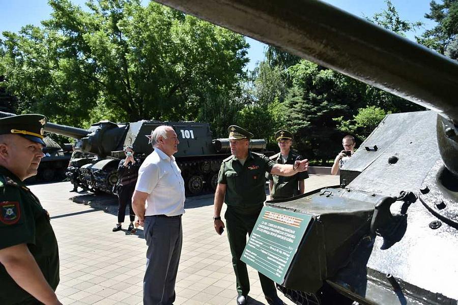 В Краснодаре начал работу военно-технический форум «Армия-2019»