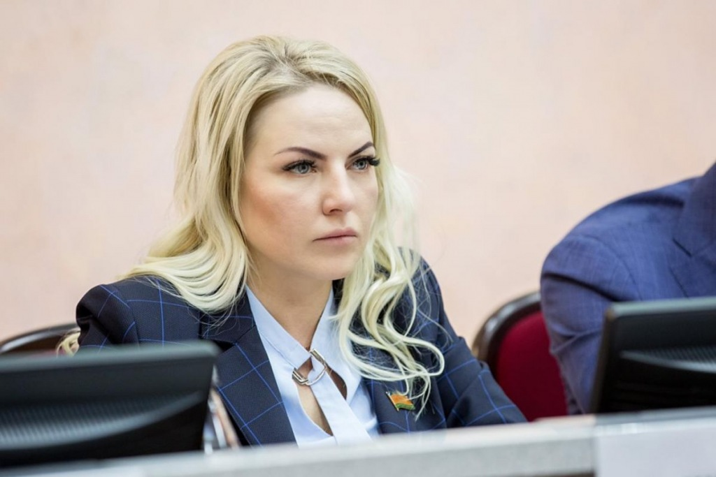 Депутат ЗСК Евгения Шумейко встретилась с избирателями Абинского района
