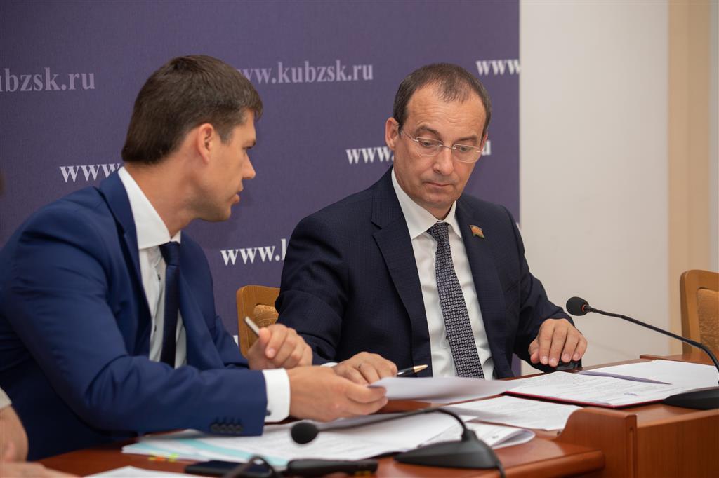 Депутаты ЗСК обсудили развитие музейного дела на Кубани