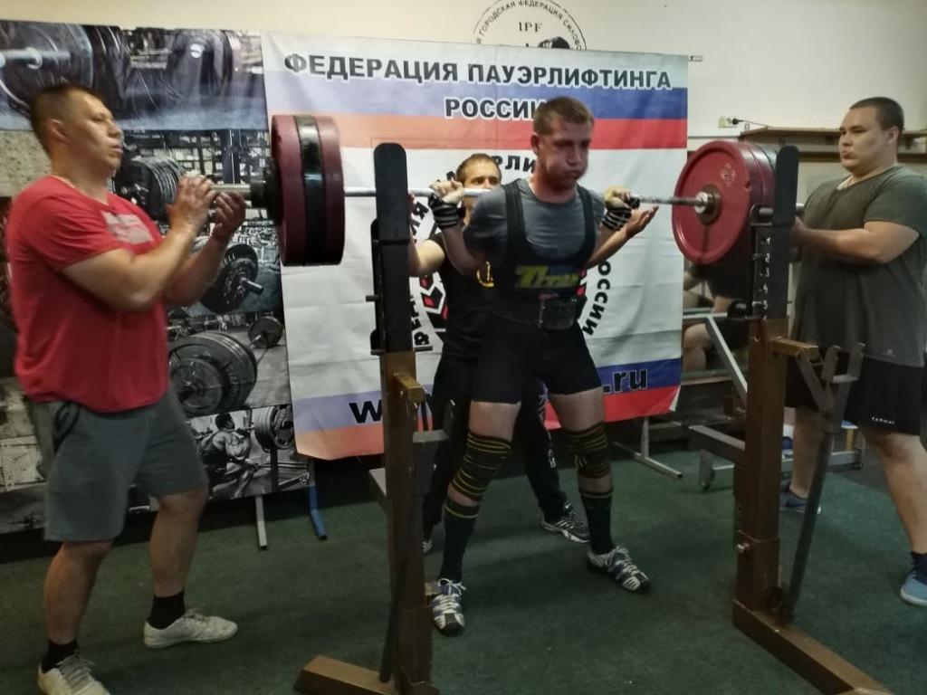 Студент-второкурсник из Абинского района не раз становился победителем первенства Краснодарского края по пауэрлифтингу