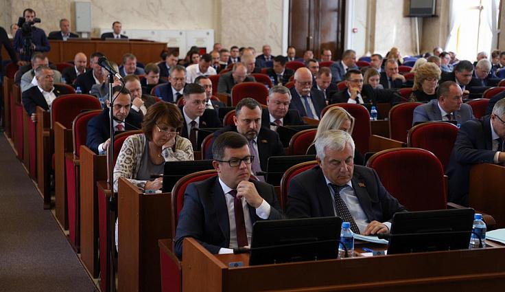Депутаты поддержали субсидирование региональных авиаперевозок для развития курортов Кубани