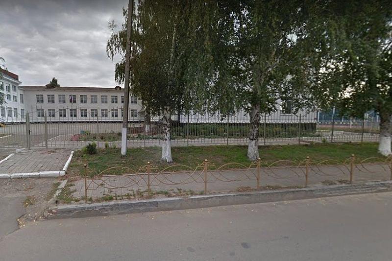 В станице Тбилисской закрыли школу из-за угрозы обрушения