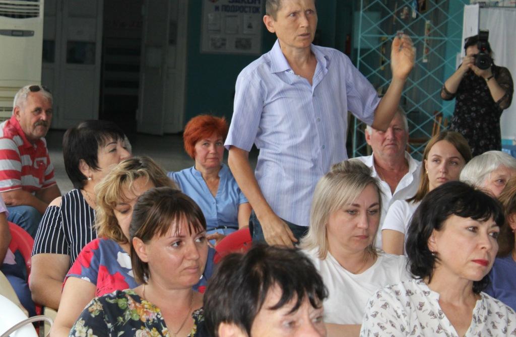 Прошли встречи главы Абинского района с жителями Прикубанской зоны