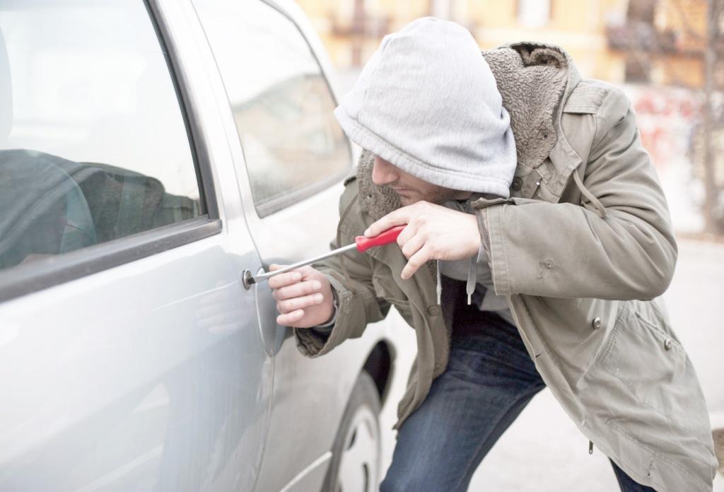 Как не стать жертвами автомобильных воров
