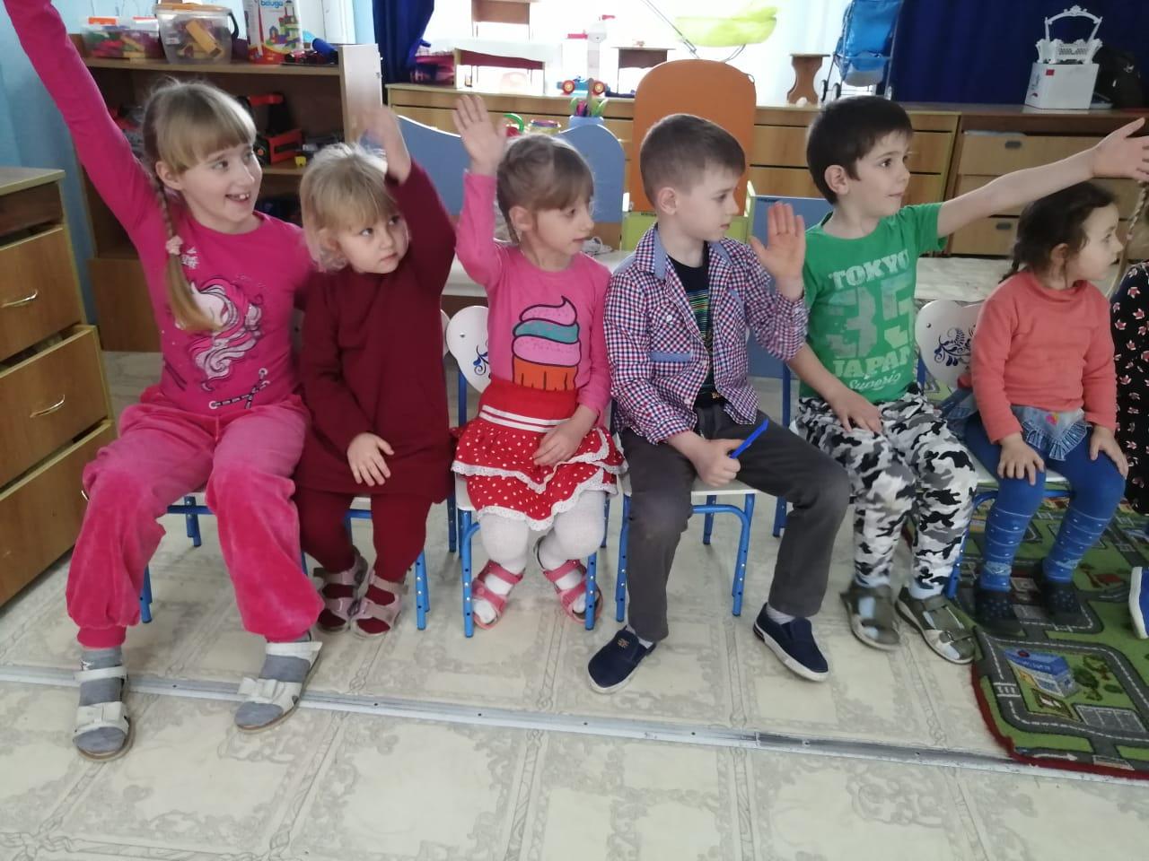 Сотрудники Госавтоинспекции проводят занятия в детских садах