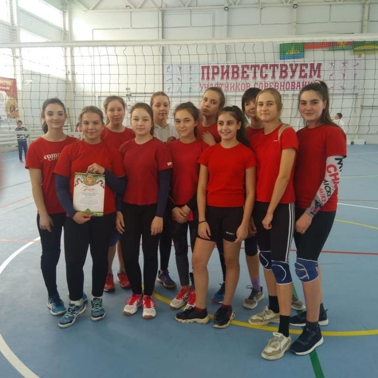 Муниципальные соревнования по волейболу состоялись вчера