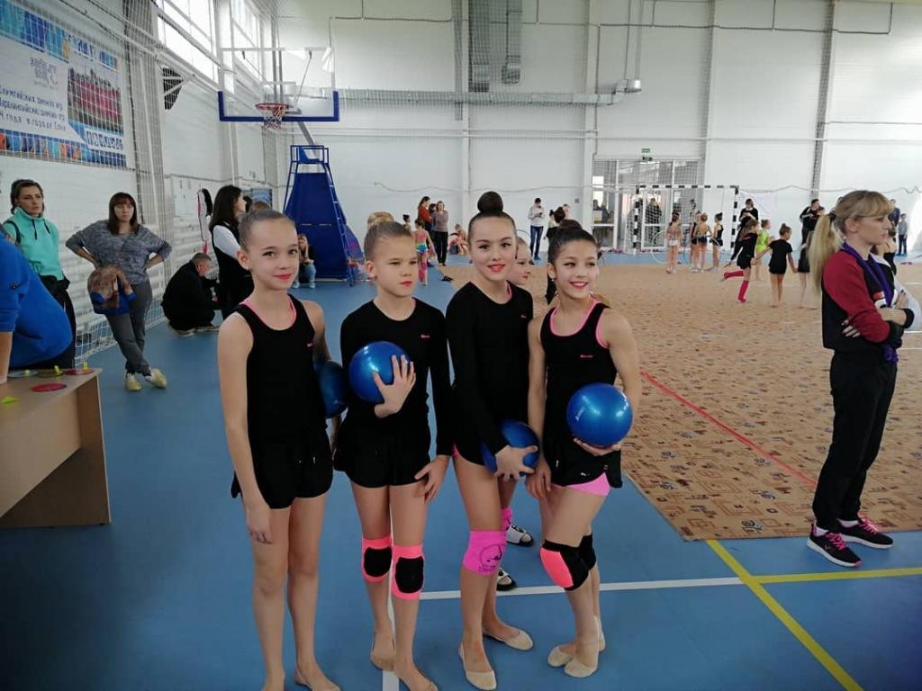 Соревнования по художественной гимнастике состоялись в Холмской