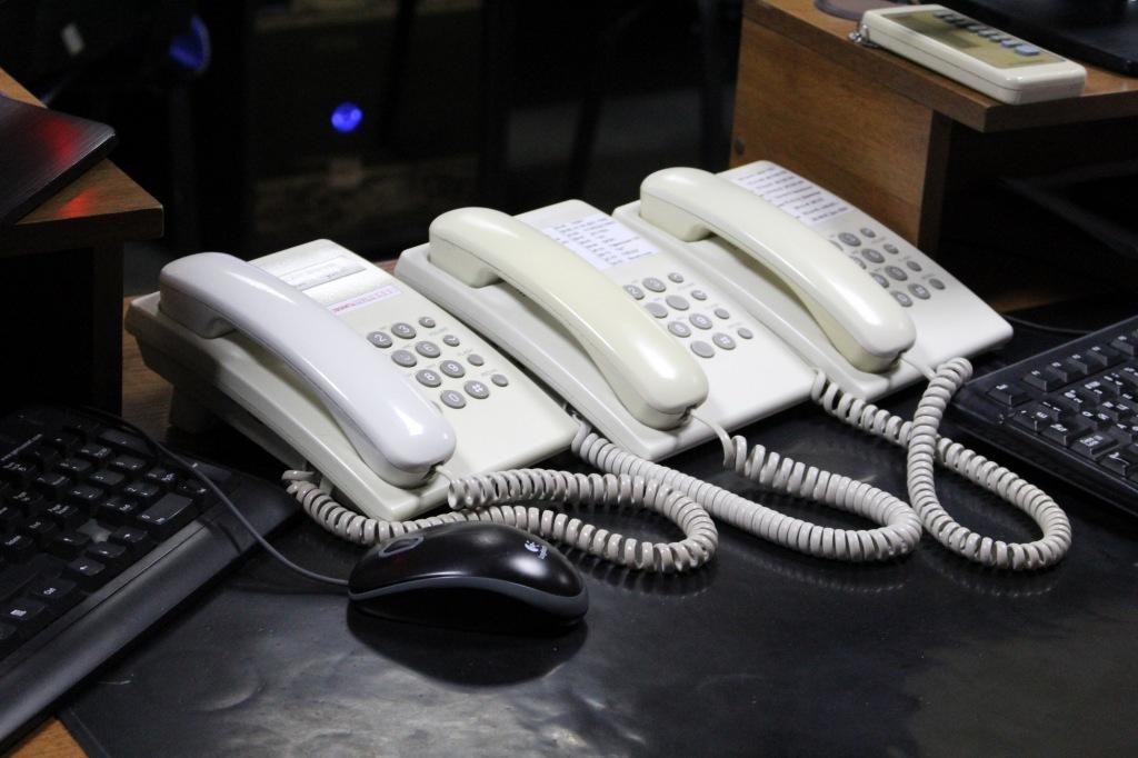 По вопросам, касающимся жизнеобеспечения, действия пропускного режима можно обратиться по телефонам «горячих линий» Абинского района