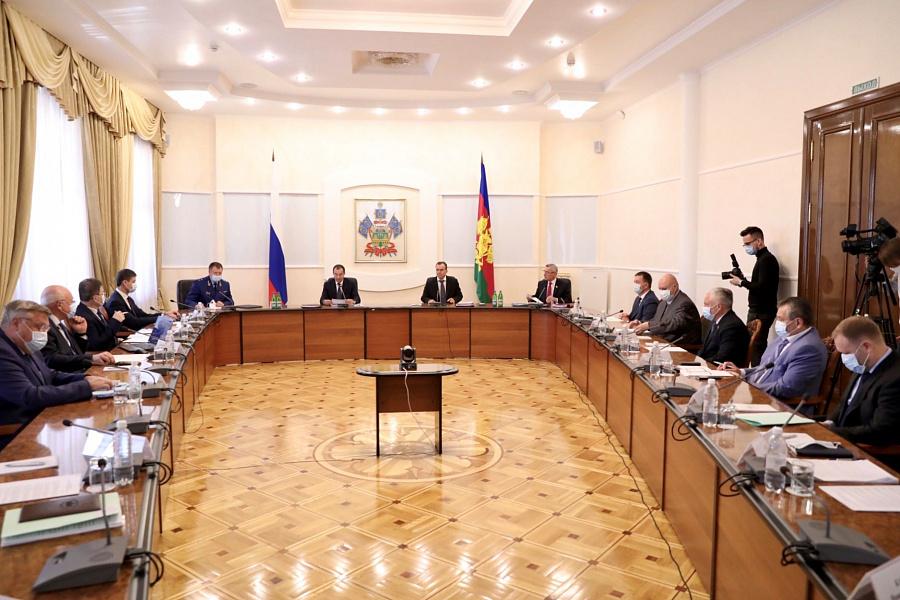 На поддержку населения и бизнеса в Краснодарском крае в период пандемии направлено более 18 млрд рублей