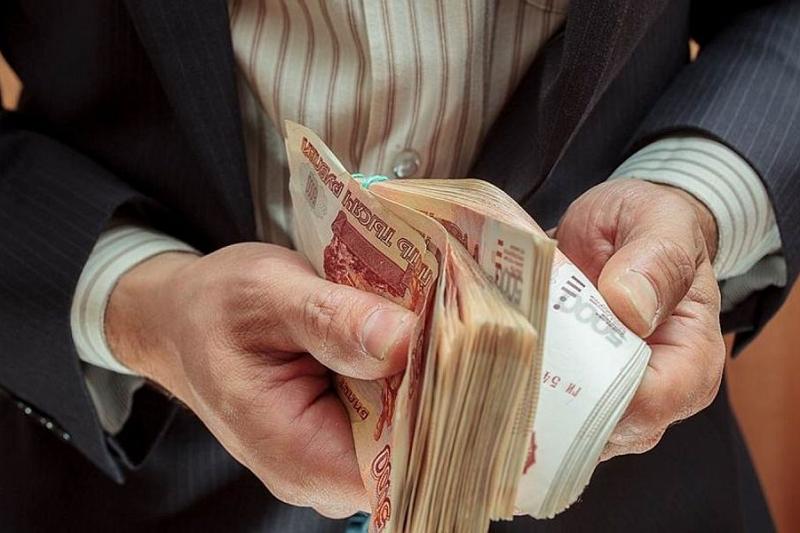 Идею повышения МРОТ до 30 тысяч рублей прокомментировали эксперты