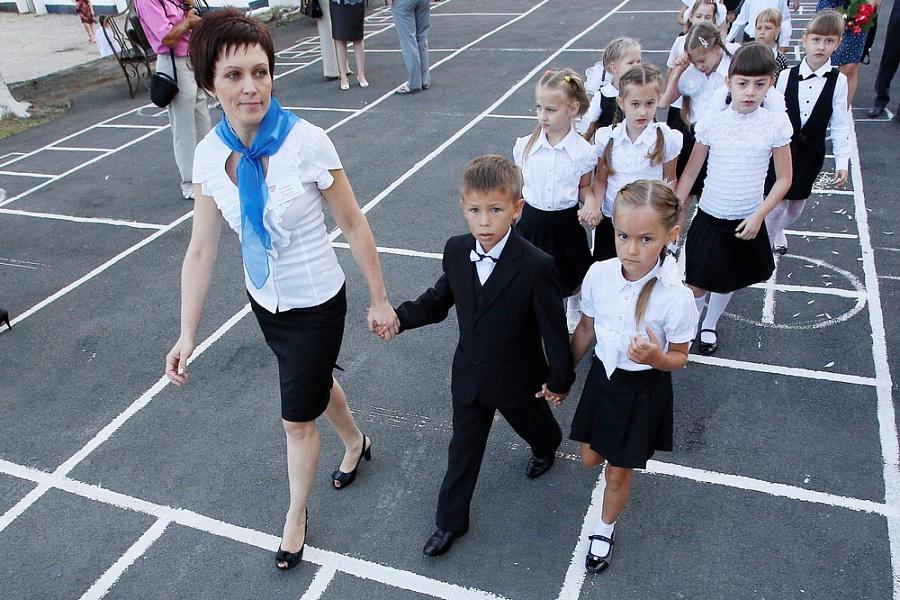 48 лучших учителей края получат премию в 200 тыс. рублей