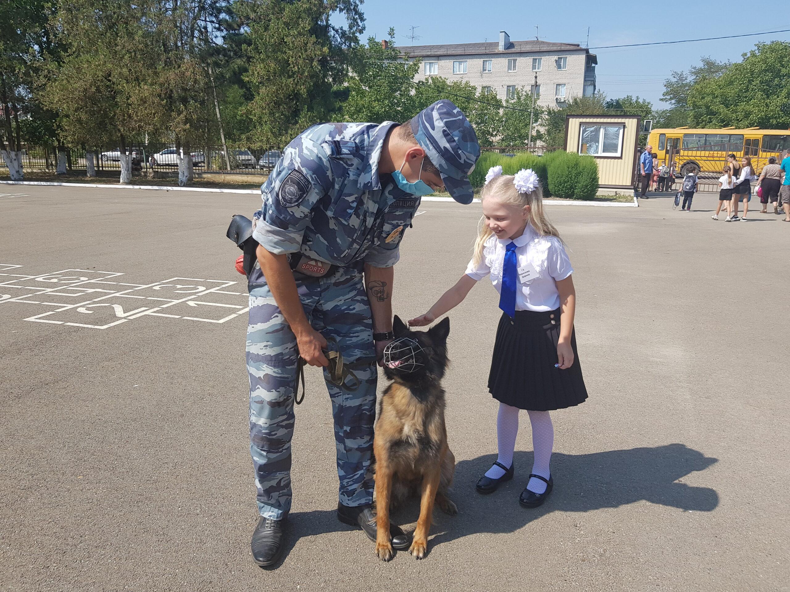 Абинске полицейские, пожарные и общественники приняли участие в профилактических мероприятиях