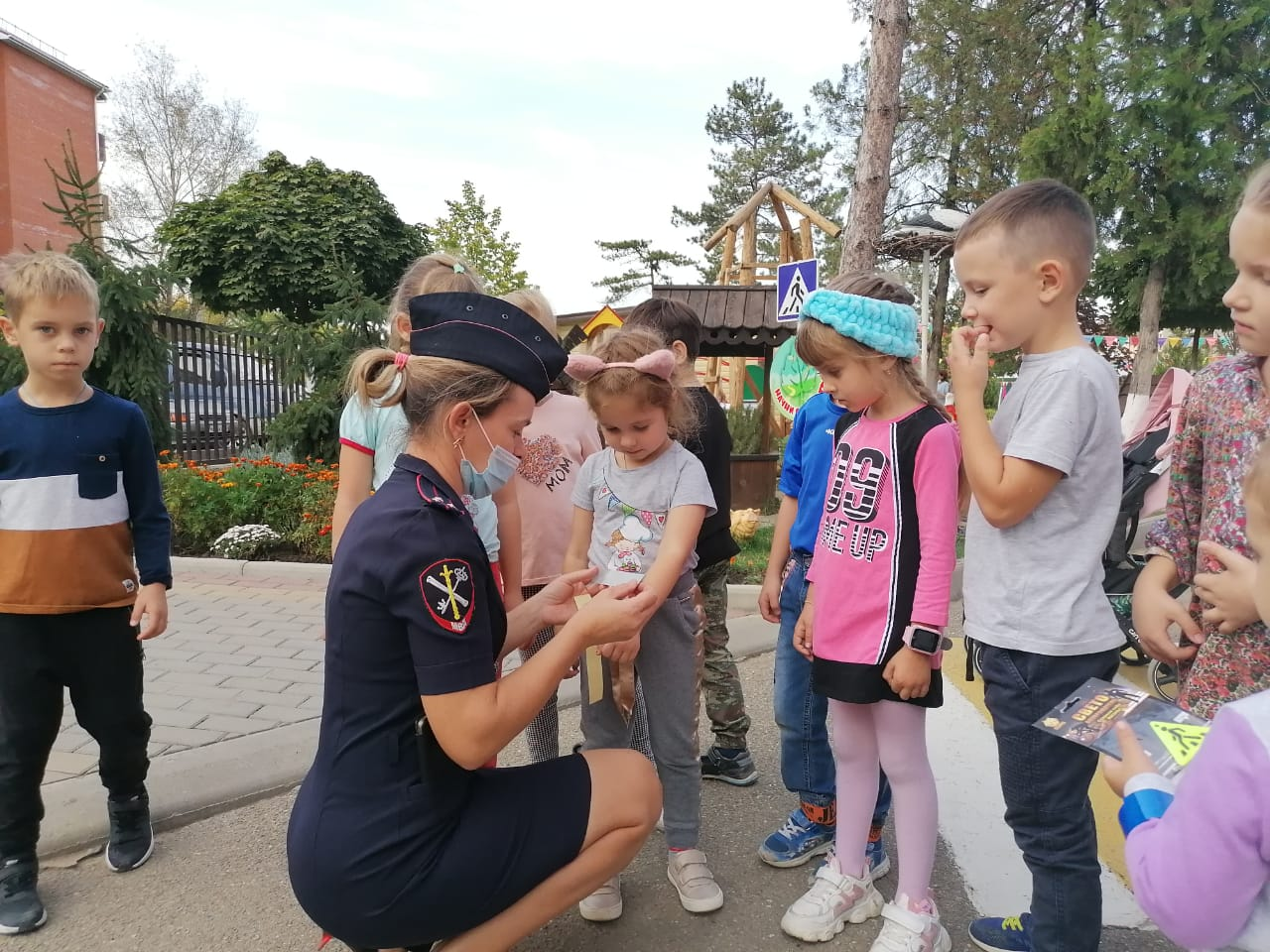 Абинские полицейские помогли детям засветиться