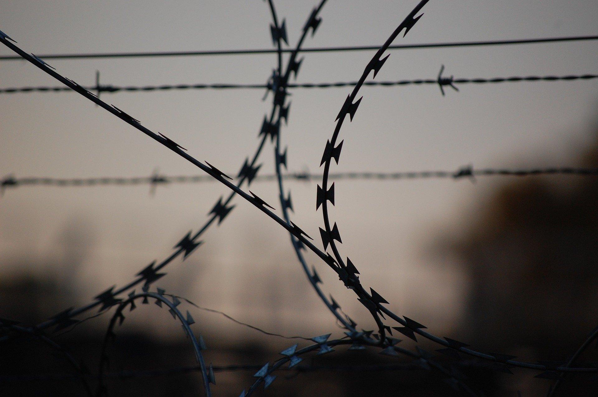 В подвале жилого дома в Абинском районе найдены наркотические вещества. Подозреваемый задержан