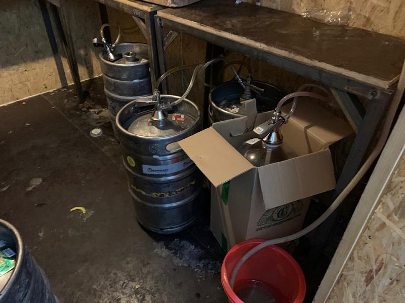 В январе 2021 года по краю изъяли более 10 тысяч литров нелегального пива и пивных напитков