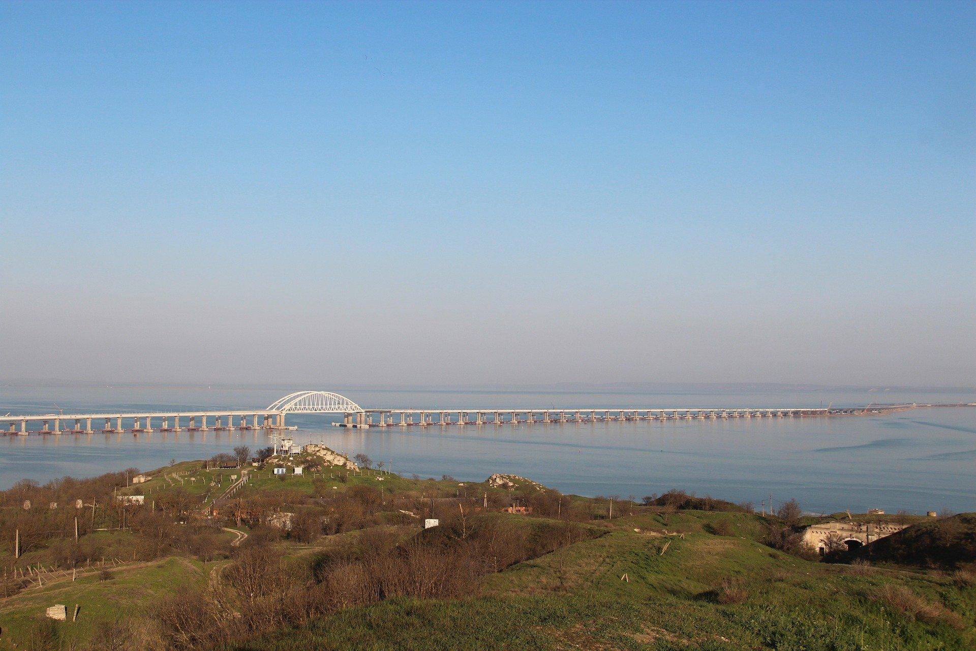По Крымскому мосту возобновили движение со стороны Кубани