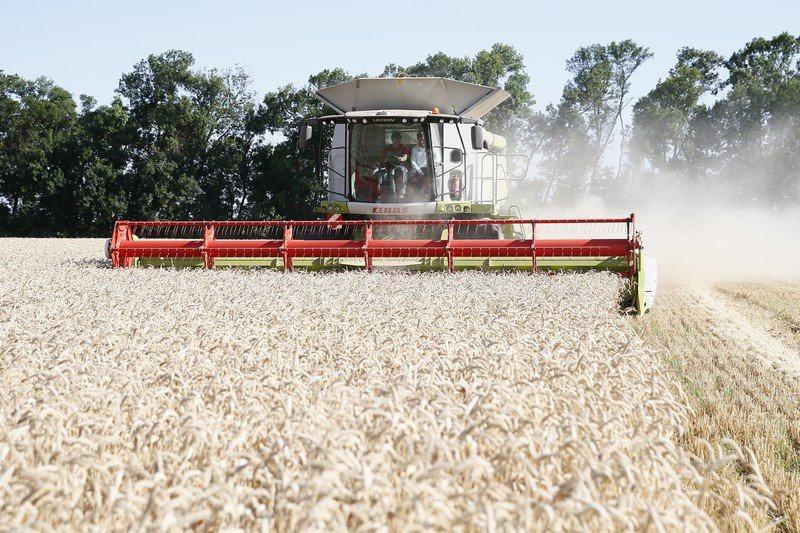 Кубанские аграрии с начала года приобрели сельхозтехнику на 4 млрд рублей