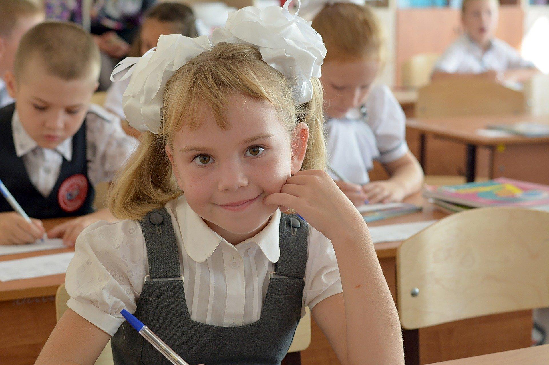 Школы в России уйдут на каникулы с 1 по 10 мая