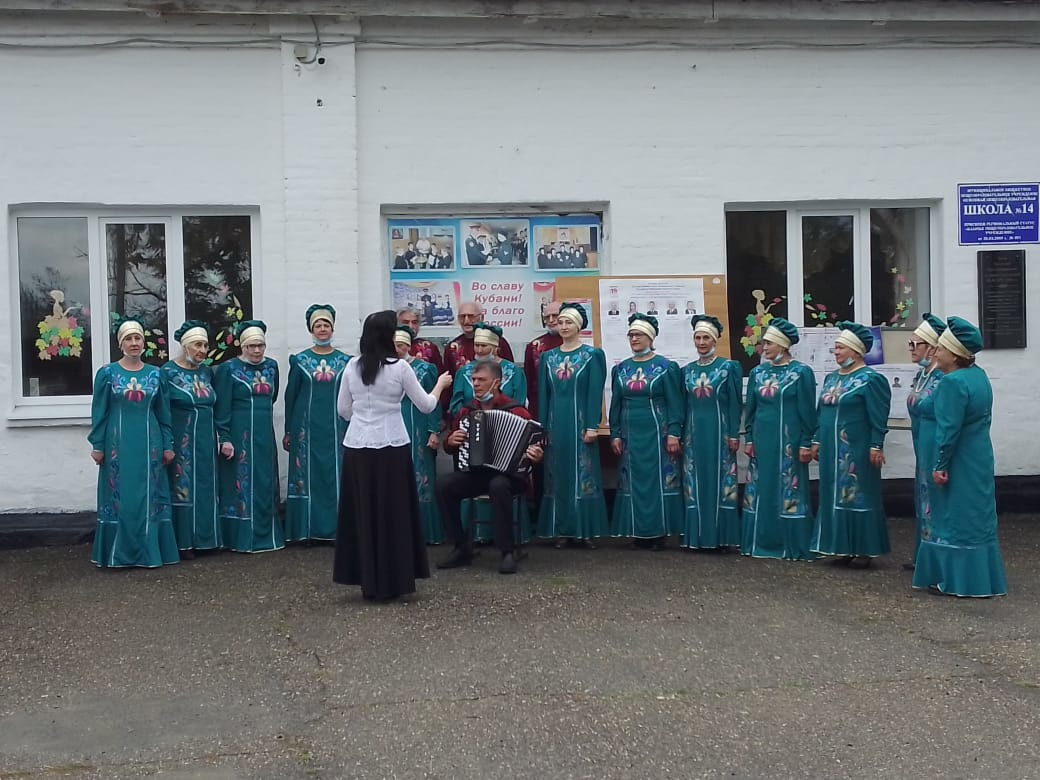 Ярмарка, развлекательная программа — так проходят выборы в Абинском районе
